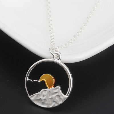 Beautiful Outdoor Sunset Necklace