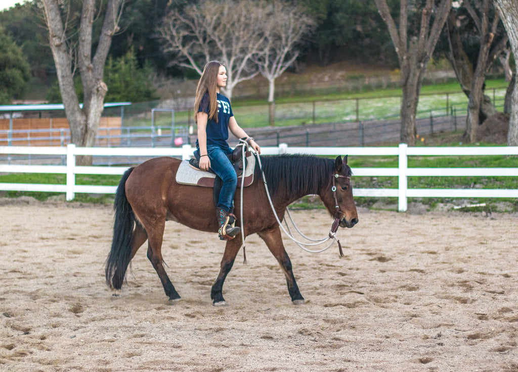 Why I Ride With *Very* Loose Reins (And Why It's Key)