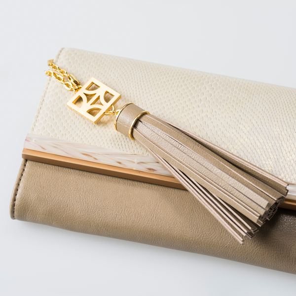 TALA Sabae-Clear: Clutches (BK_GDSN)