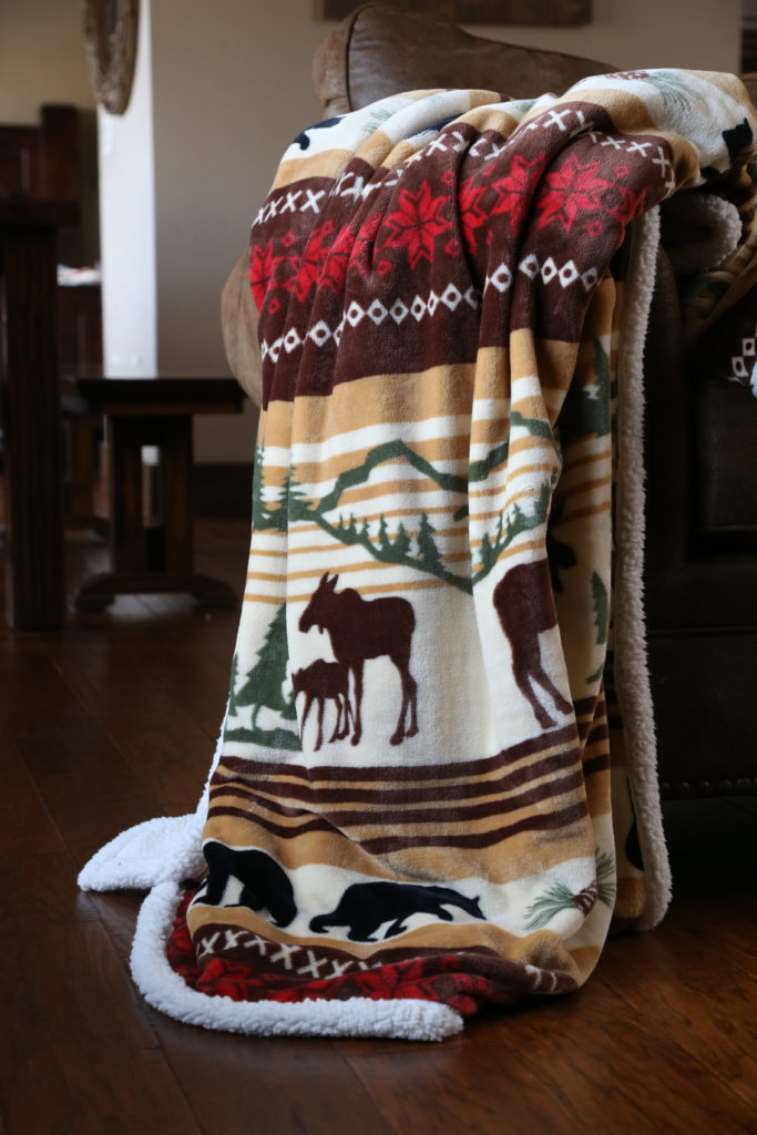 Carstens Hinterland Blanket Throw