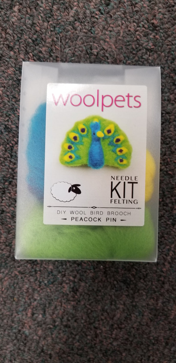 Woolpets Peacock Brooch Pin Wool Needle Felting Craft Kit