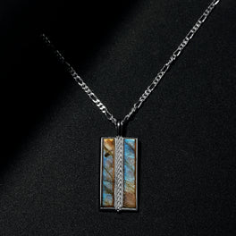 The Stamos Necklace | Labradorite