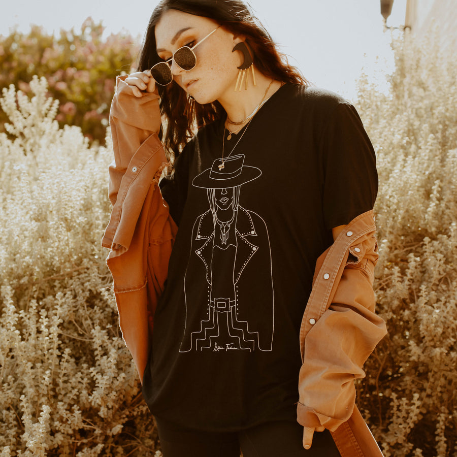 Lady Outlaw Tee