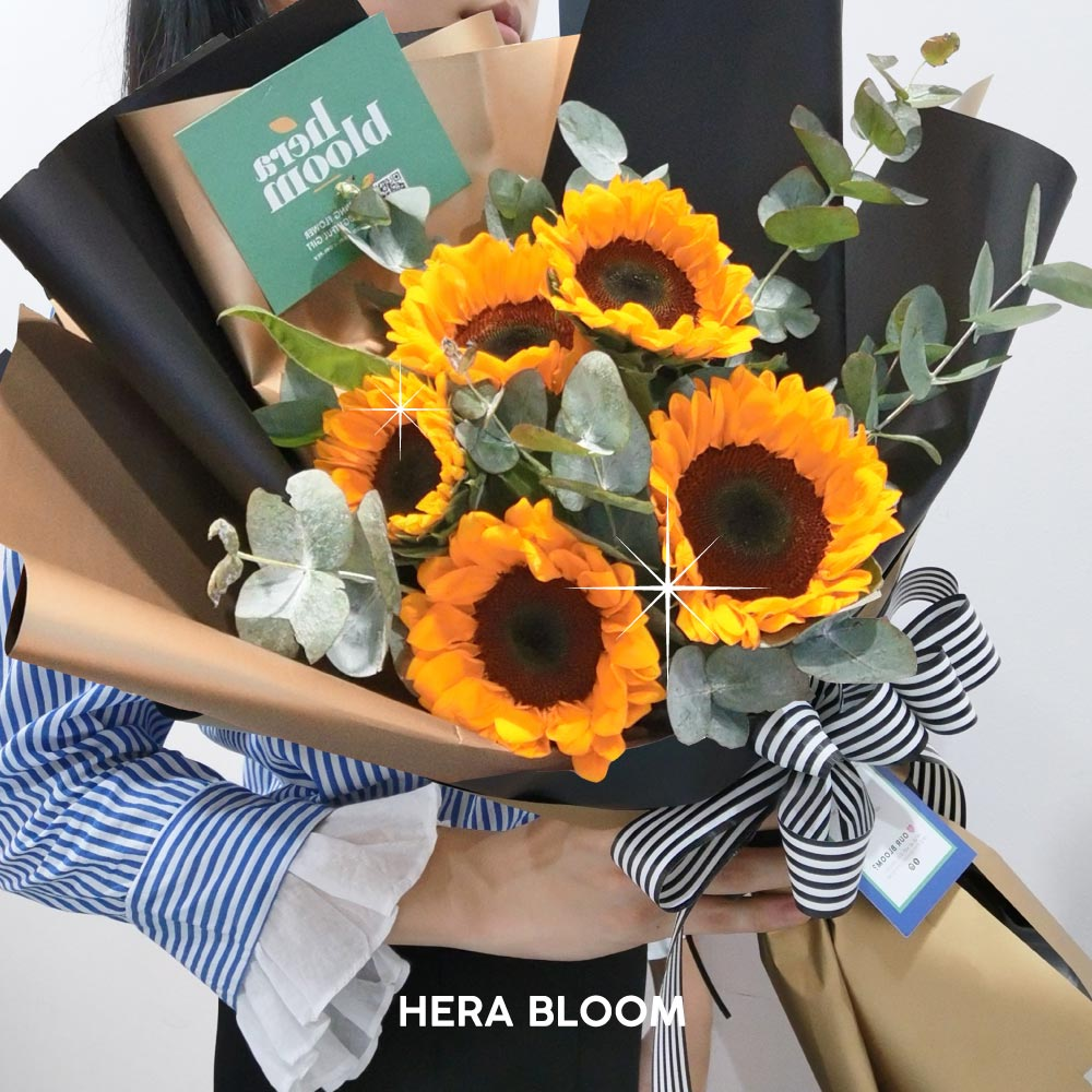 Sunflower Bouquet - Hera Bloom