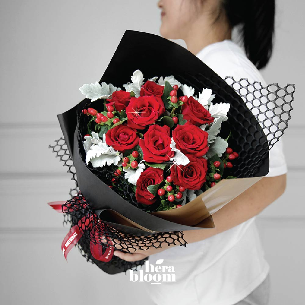 Red Rose Bouquet 2 - Hera Bloom