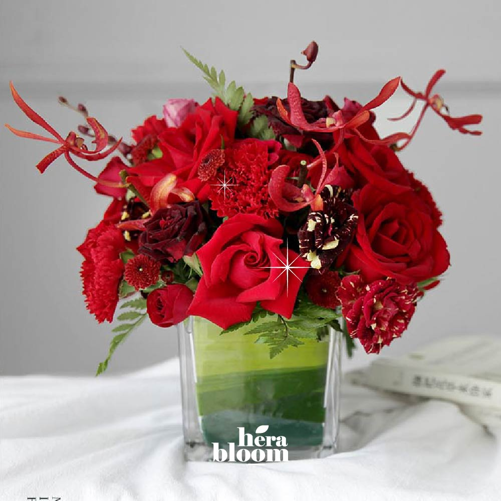 Red Series Vase Arrangement - Hera Bloom