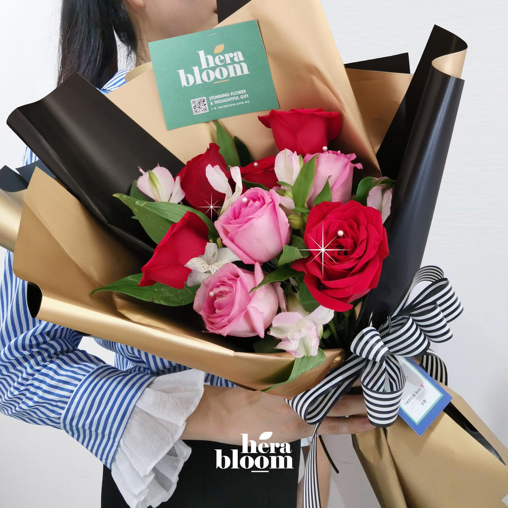 Pink Red Rose Bouquet - Hera Bloom