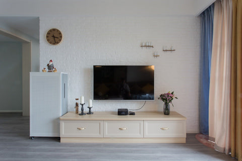How to decorate the Wall you hang your TV on