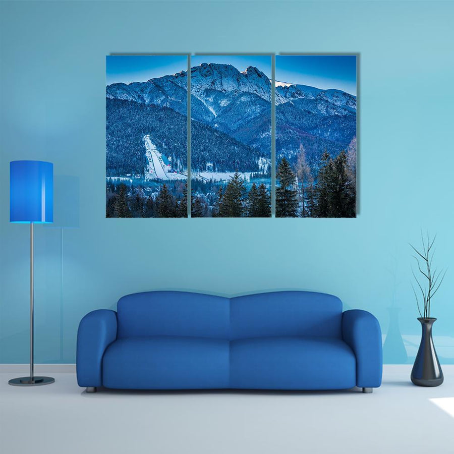 Giewont Peak At Dawn In Zakopane Multi Panel Canvas Wall Art 4 Pieces / Medium / Canvas Tiaracle