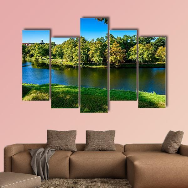 Nature In Kastellet Denmark Multi Panel Canvas Wall Art 5 Pieces(B) / Medium / Canvas Tiaracle