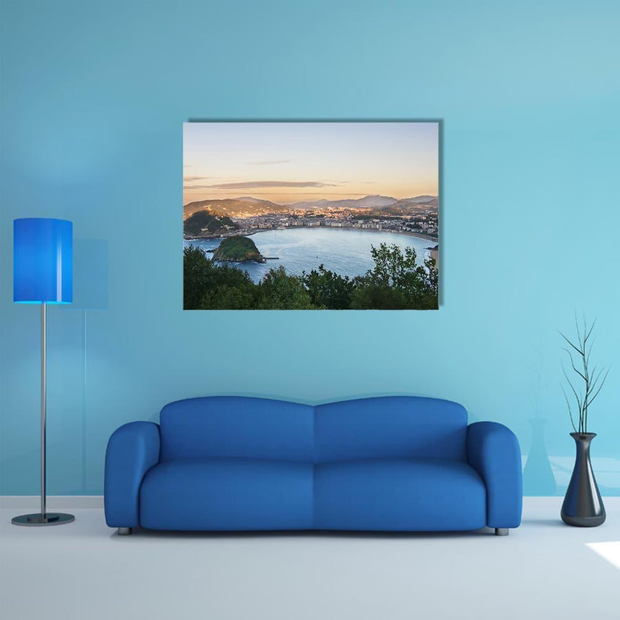 Overview Of Bay Of San Sebastian Multi Panel Canvas Wall Art 5 Pieces(B) / Medium / Canvas Tiaracle