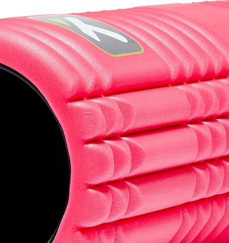 TPT3GRD2PWS0000 TriggerPoint The Grid 2.0 Foam Roller Pink - 45 Degree Angle - Close Up