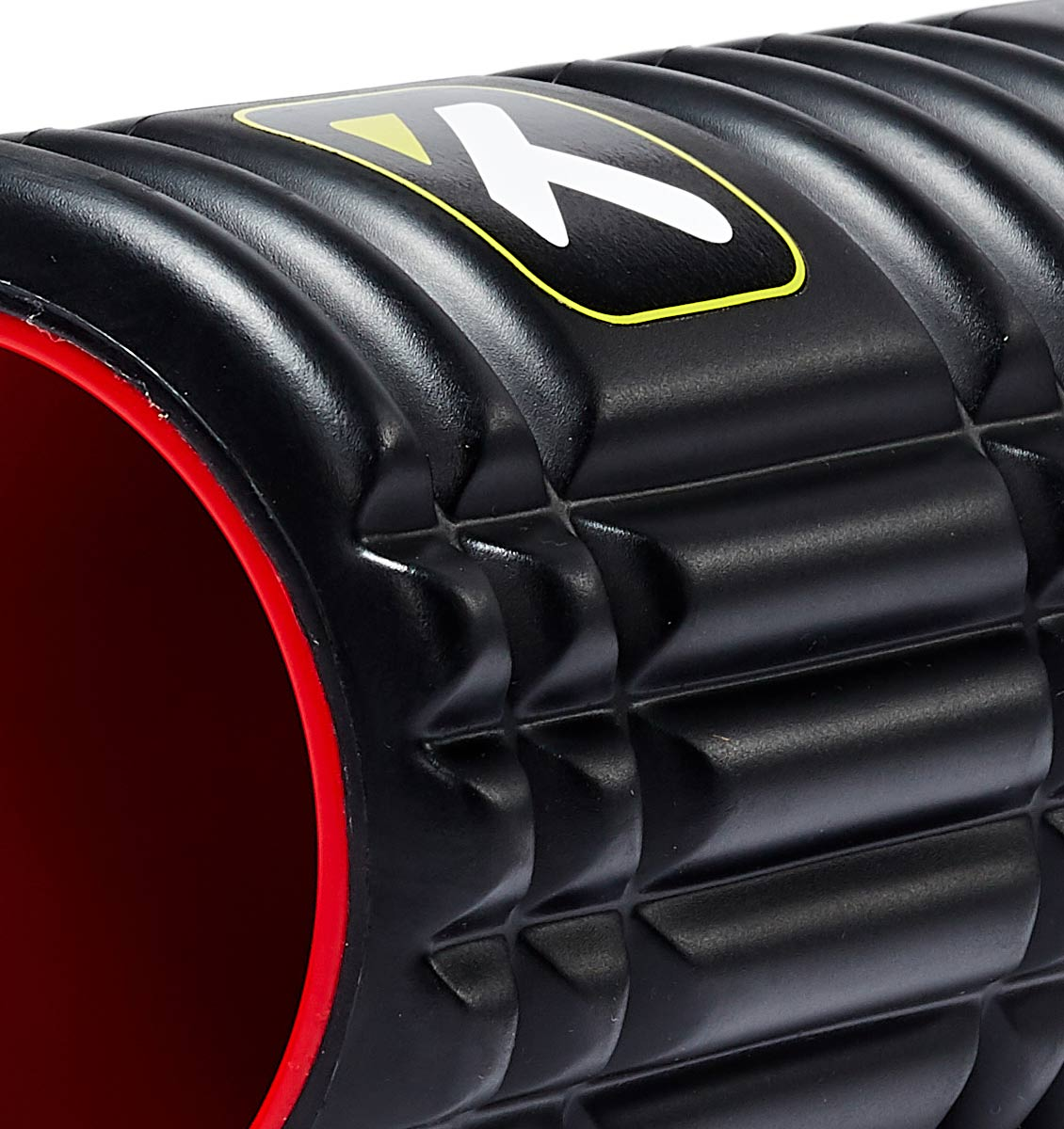 TPT3GRDPXX00000 TriggerPoint The Grid 1.0 X Foam Roller - 45 Degree Angle - Close Up