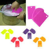 3Pcs Cake Decorating Tools  (Ranodm Color)