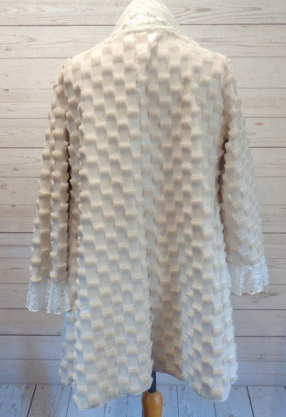 Cream Faux Fur Lace Collar Jacket