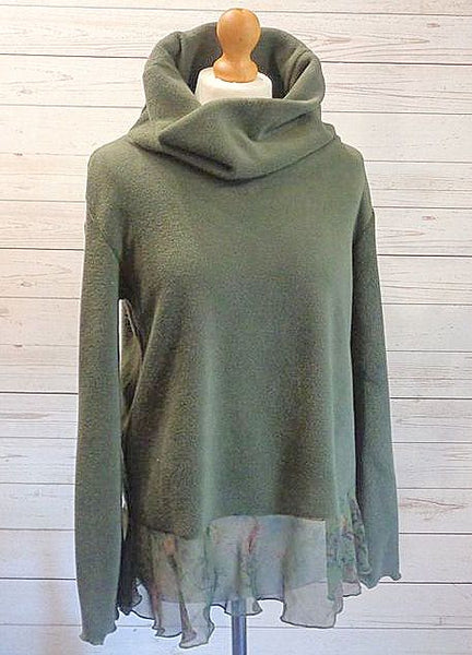 Luxury Designer Fleece Pullover With Print Chiffon Hem