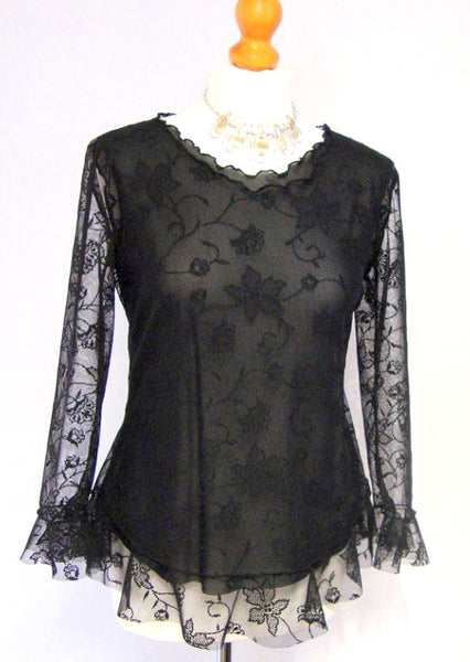 SOLD OUT Shaped Stretch Fine Lace Ruffle Hem Top