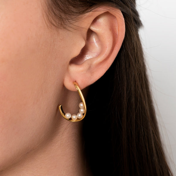 Golden Curve Pearl Earrings