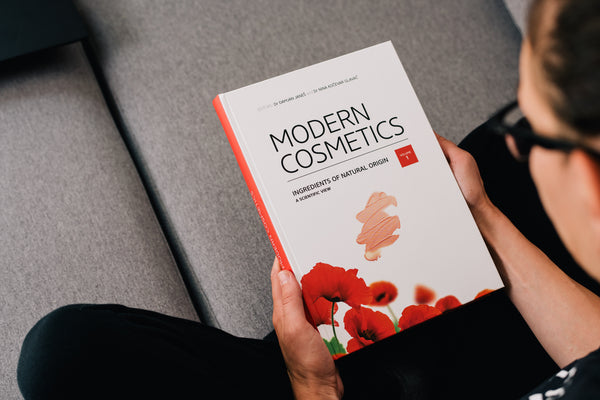 Modern Cosmetics - Ingredients of Natural Origin - Book