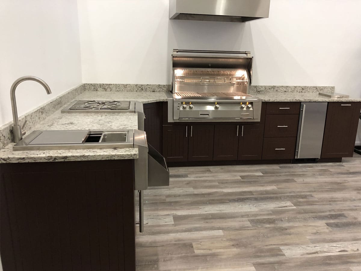 outdoor-kitchens-full-1