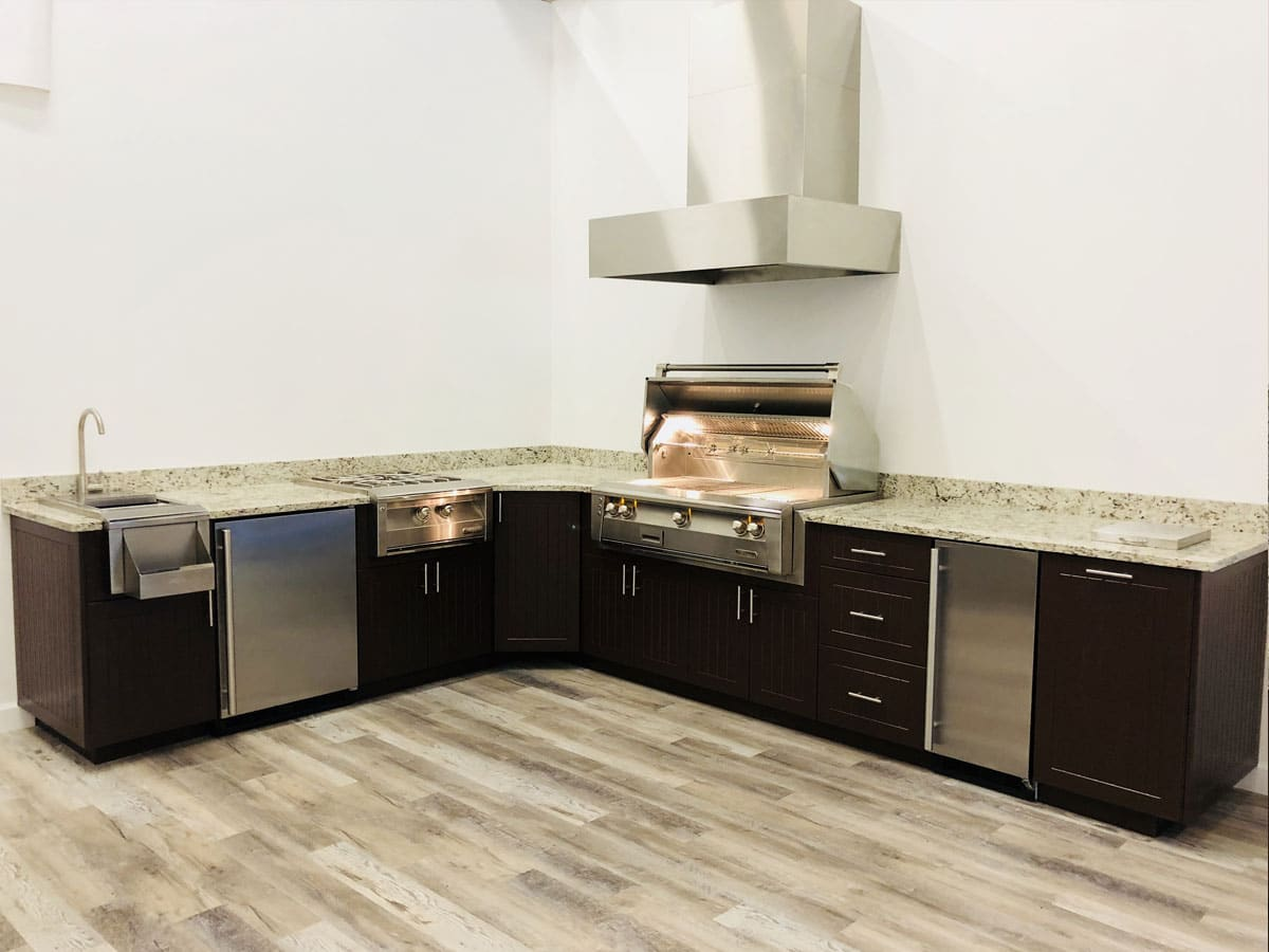 outdoor-kitchens-full-3