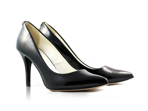 Image of Black Grain Court Shoes used to show the heels' details (size 5 UK).