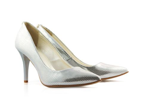 Image of Silver Tejus Court Shoes used to show the heels' details (size 5 UK).