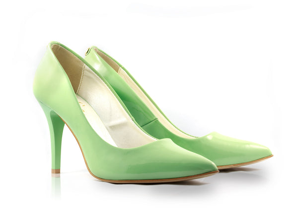 Image of Mint Patent Court Shoes used to show the heels' details (size 5 UK).