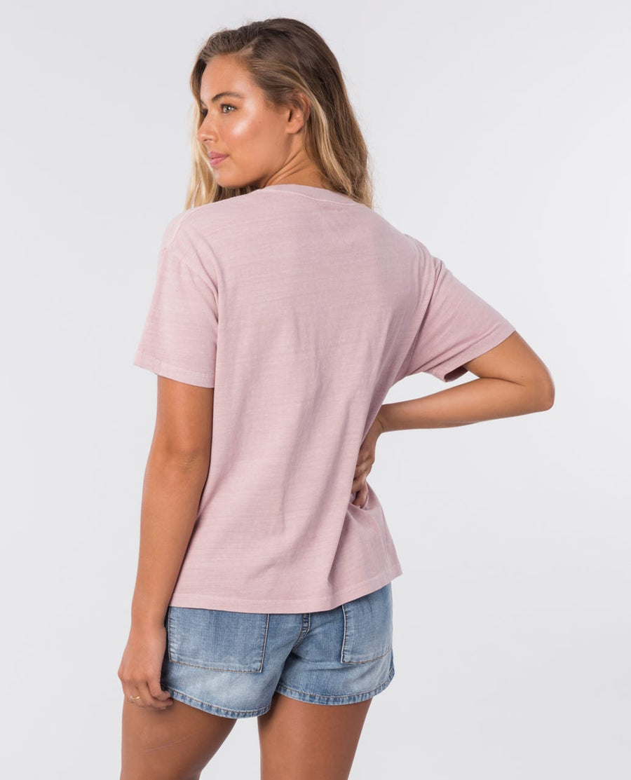RIP CURL The Searchers T-Shirt Women's Dusk Pink