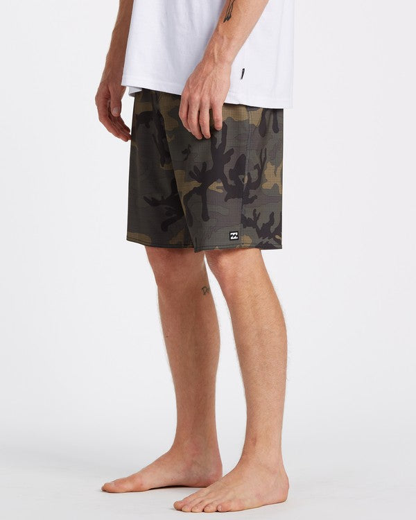 "BILLABONG All Day Pro Hawaii 20"" Boardshorts Camo"