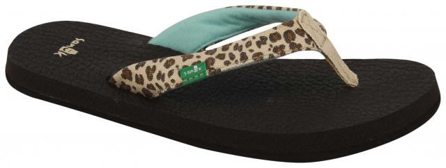 SANUK Yoga Wildlife Sandals Girls Cheetah FOOTWEAR - Youth Sandals Sanuk