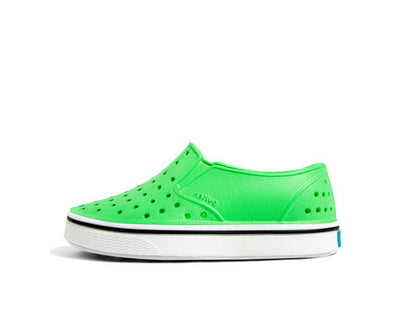 NATIVE Miles Child Shoes Grasshopper Green/Shell White