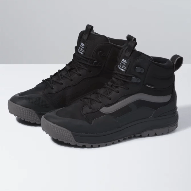 Vans Ultrarange Exo Hi MTE Men's Boots (Bryan Iguchi) Black/Gray FOOTWEAR - Men's Snow Boots Vans