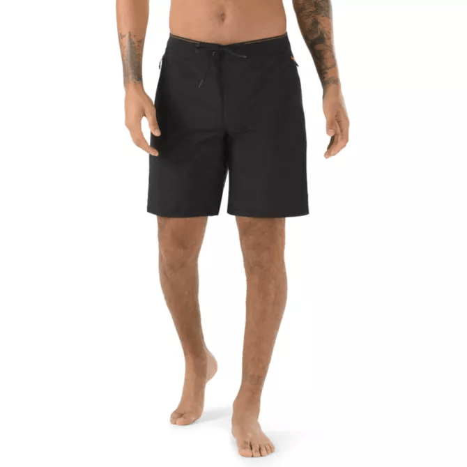 "VANS X NATIONAL GEOGRAPHIC Voyage Trunk 18.5"" Boardshort Black/Nat Geo MENS APPAREL - Men's Boardshorts Vans"
