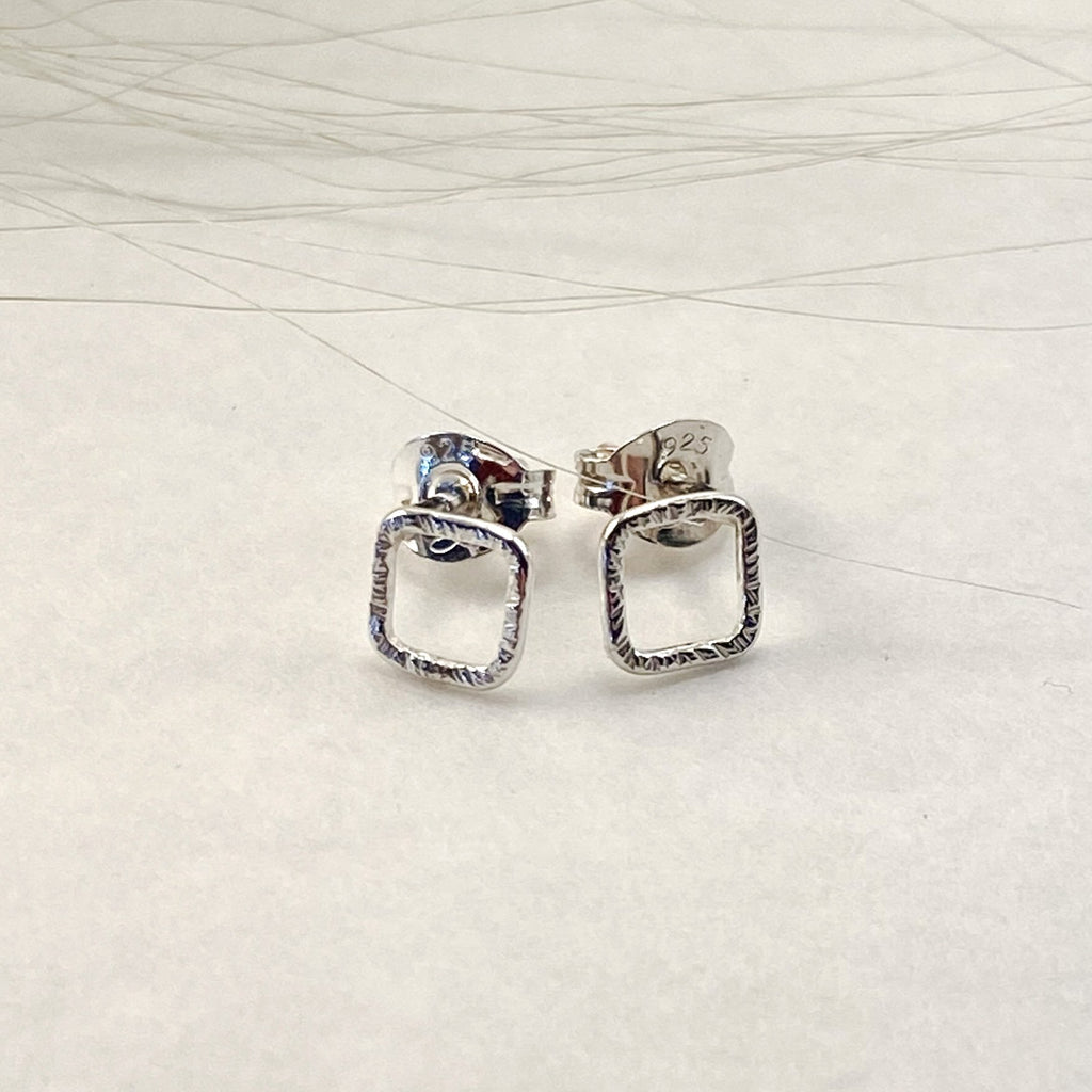 Sophie Thomas Jewellery - Sterling Silver Textured Square Stud Earrings - Nosek's Just Gems