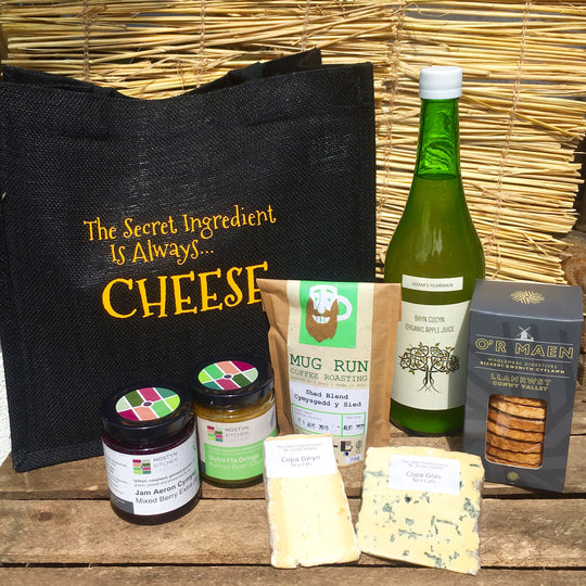 Welcome to North Wales Gift Bag | Welsh Food Hamper | North Wales Produce