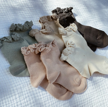 CONDOR - Ruffle Socks - Earthy Colors
