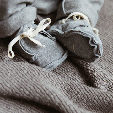Raw edged booties - Grey