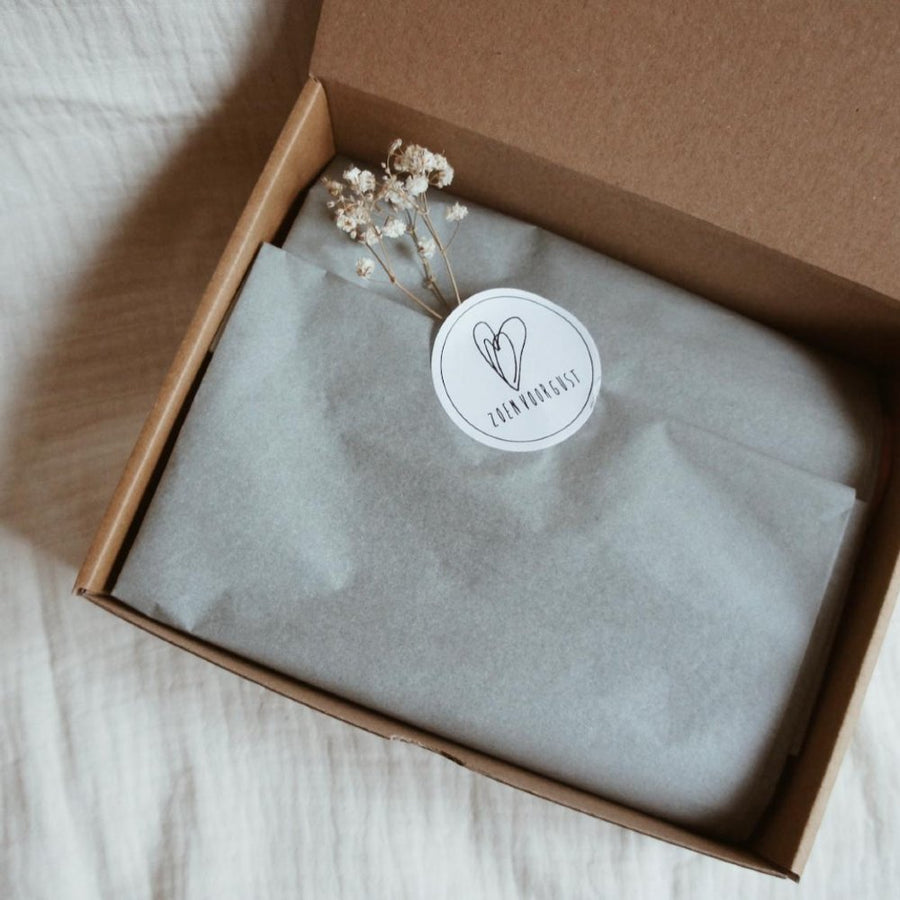 Gift box - Brush - Swaddle - Gifts - Zoenvoorgust.com