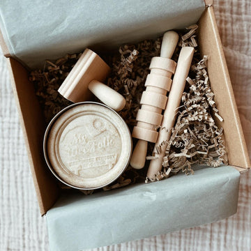 Tothemoon - Gift box - Play dough & wooden tool set - Zoenvoorgust.com