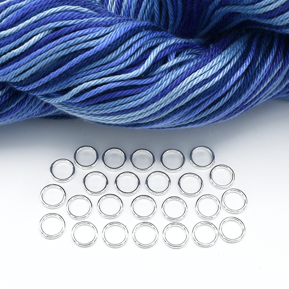 Set of 25 medium silver ring snag free stitch markers with blue yarn for knitting by Pretty Warm Designs
