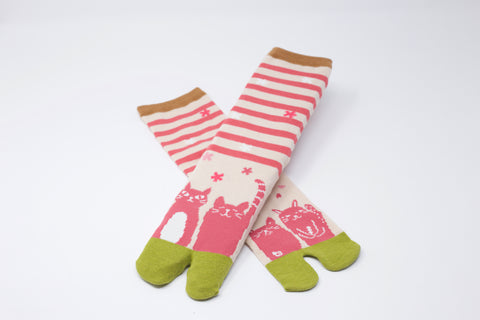 Cat Pink Tabi Socks Ladies