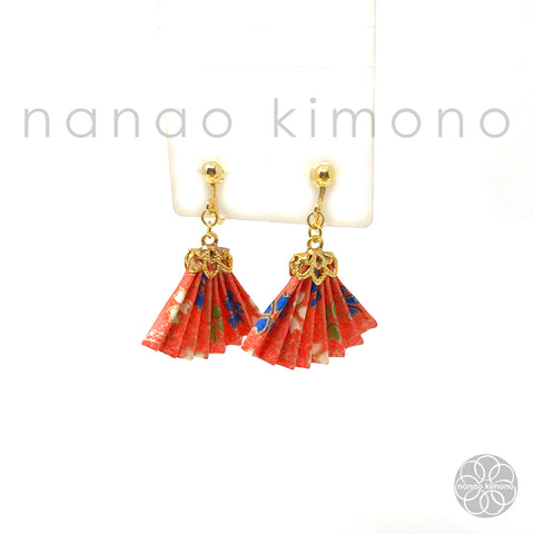 Clip-on Earrings - Origami Fan Pink