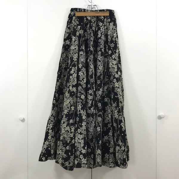 Long Skirt - Sakura