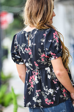 Floral Puff Top- Black