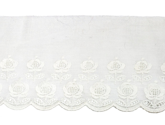 "Vintage Trim White Embroidered Flowers Eyelet Lace 4"" Wide - 4 1/2 Yard Piece"