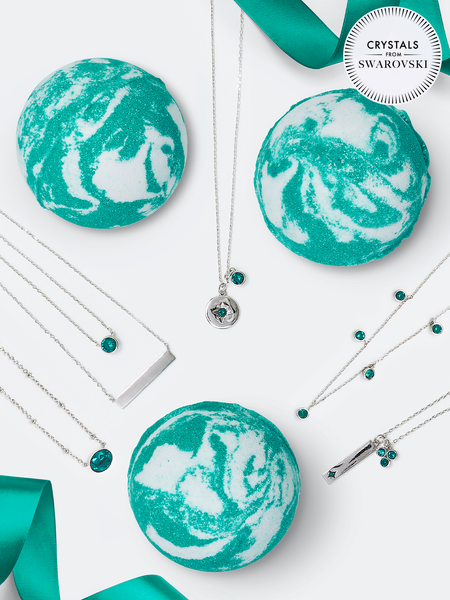 Emerald Birthstone Bath Bomb - Necklace Collection Made With Crystals From Swarovski®