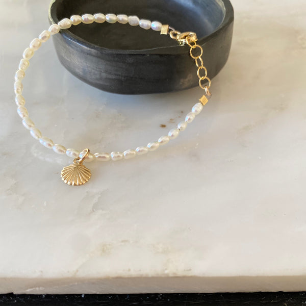 Tiny Rice Pearl Bracelet