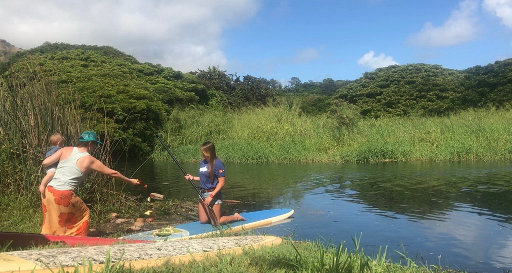 Stand up paddling on Kauai with the Sundot Ohana to spread Robert Russells ashes