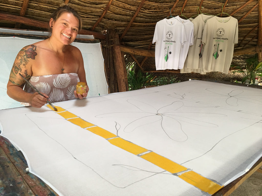 Christa Russell painting pareos in huahine